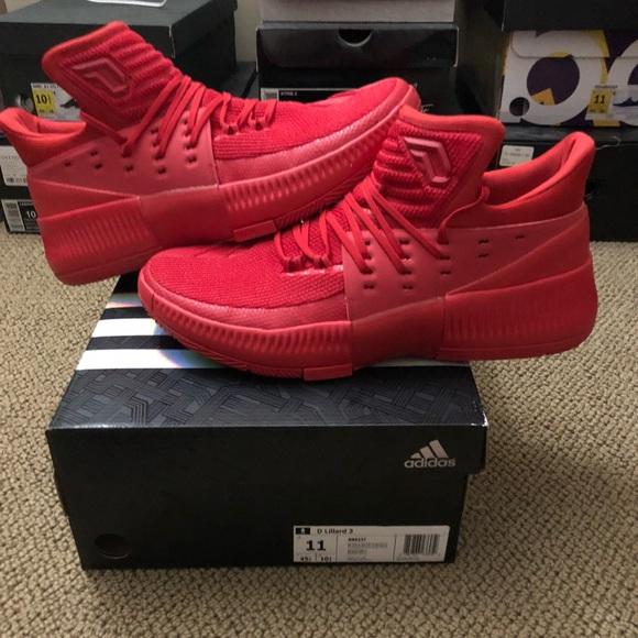 sports shoes b8e3e 5094c D Lillard 3. NWT. adidas